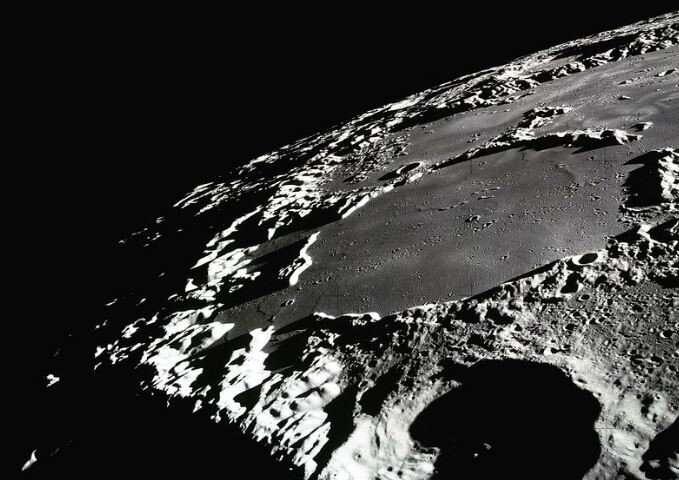 aydaki-kraterler